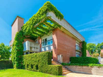 316 m² house for sale in Girona City,