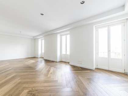 204m² Apartment for rent in Justicia, Madrid