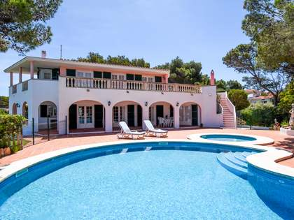 350m² House / Villa for sale in Ciudadela, Menorca