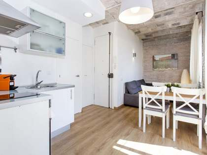 32m² penthouse with 25m² terrace for sale in Barceloneta