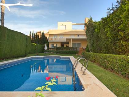 474m² House / Villa for sale in Cabo de las Huertas