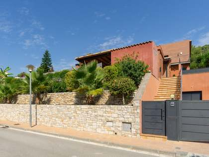 474m² House / Villa for sale in Sant Pere Ribes, Barcelona