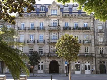 Appartamento di 650m² in vendita a Vigo, Galicia