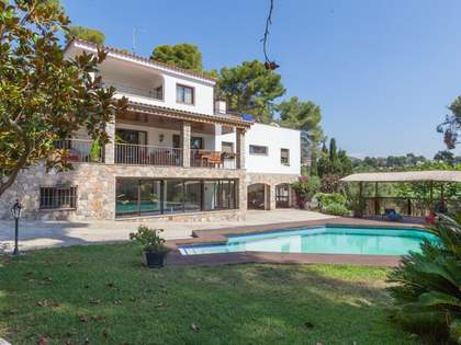 719m² House / Villa for sale in Bellamar, Barcelona