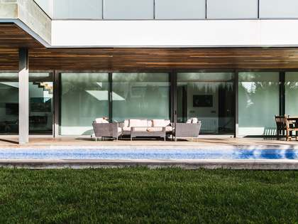 Huis / Villa van 588m² te koop in Godella / Rocafort