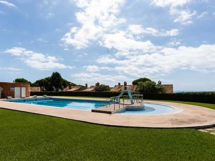 263m² House / Villa with 110m² garden for sale in Teià