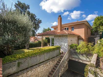 397 m² villa for sale in Alella, Maresme