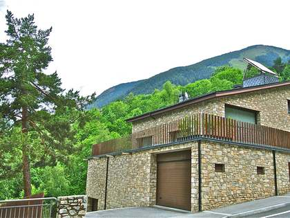 Fantastic chalet for sale next to Grandvalira, Andorra