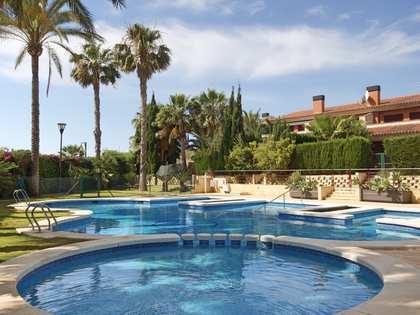 140m² House / Villa for sale in Playa San Juan, Alicante