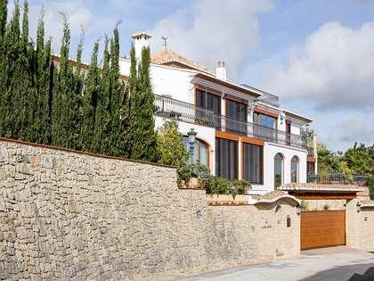 Casa / Vil·la de 684m² en venda a Dénia, Costa Blanca
