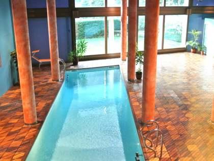 Maison / Villa de 1,341m² a vendre à St Julià de Lòria