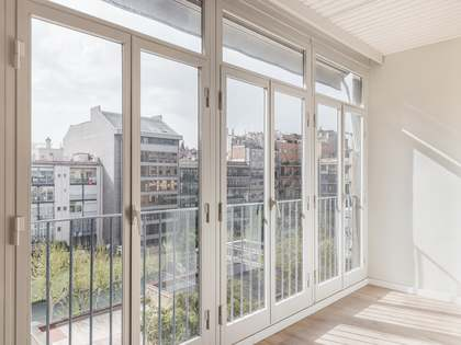 178m² apartment with 8m² terrace for sale in Eixample Right