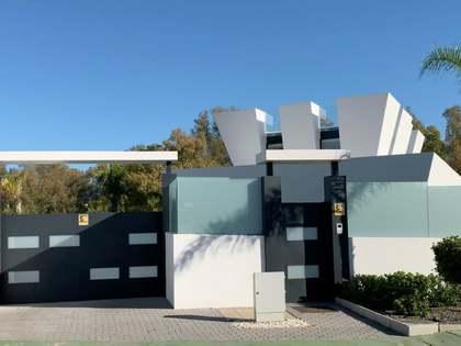 Casa / Villa di 604m² in vendita a Nueva Andalucía