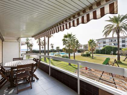 170m² Apartment with 16m² terrace for sale in Gavà Mar