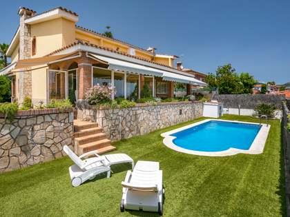 Casa / Vil·la de 370m² en venda a Premià de Dalt, Maresme