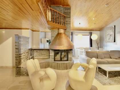 235m² Takvåning med 20m² terrass till salu i Grandvalira Skidort