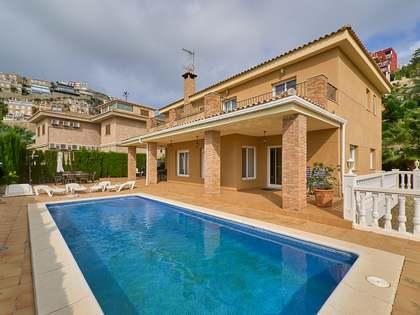 Casa / Vil·la de 445m² en venda a Cullera, València