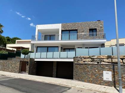 523m² House / Villa for sale in Sant Feliu, Costa Brava