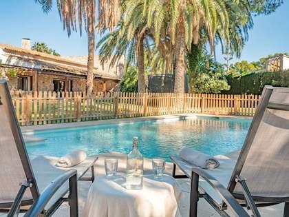 Huis / Villa van 749m² te koop in Paterna, Valencia