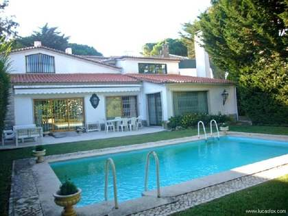 Characterful property for sale in Estoril