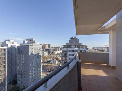 221m² Penthouse with 80m² terrace for rent in Ciudad de las Ciencias