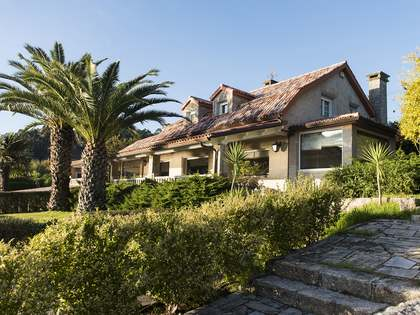 760m² Haus / Villa zum Verkauf in Pontevedra, Galicia