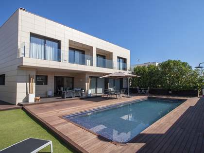 431m² House / Villa with 344m² garden for sale in Cunit