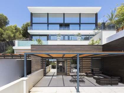 Maison / Villa de 1,127m² a vendre à Terramar, Barcelona