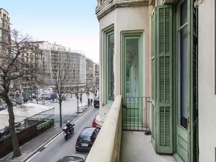 Piso con 84 m² de terraza en venta en Eixample Derecho