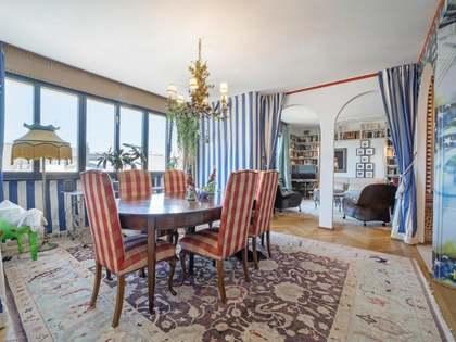 Apartmento de 323m² with 6m² terraço à venda em Almagro
