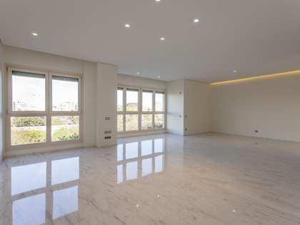 Piso de 266m² con 57m² terraza en venta en El Pla del Remei