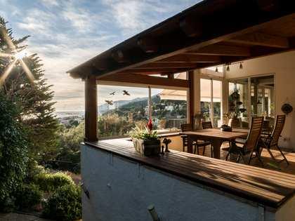 Maison / Villa de 328m² a vendre à Bellamar, Barcelona