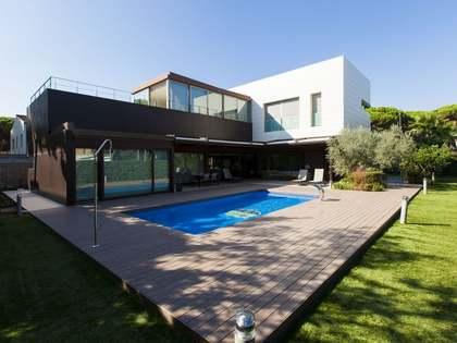 Vivienda de lujo a la venta cerca de la playa de Castelldefels