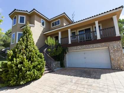 330m² Haus / Villa zum Verkauf in Olivella, Sitges