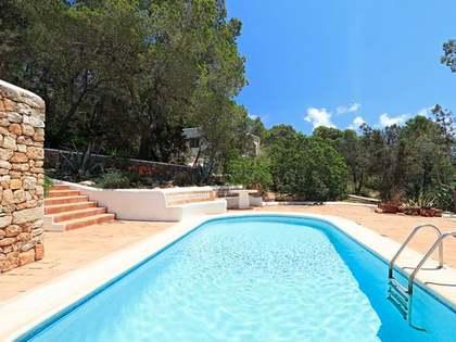 Huis / Villa van 476m² te koop in San José, Ibiza