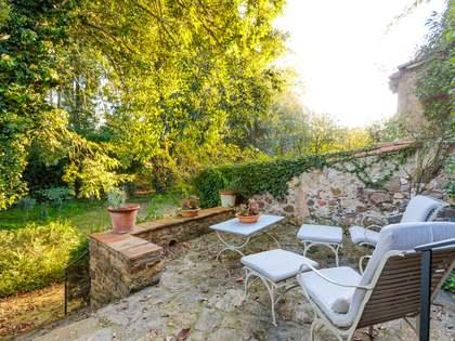 Huis / Villa van 400m² te koop in El Gironés, Girona