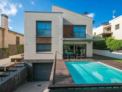 Casa / Villa di 386m² in affitto a Vilassar, Maresme