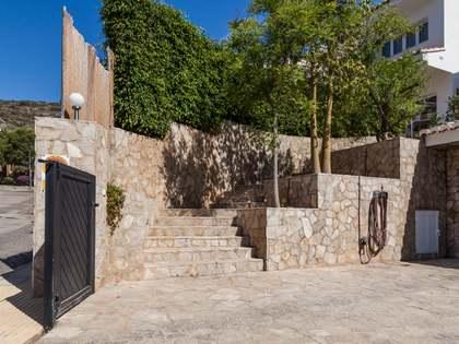 Huis / Villa van 400m² te koop in Cullera, Valencia