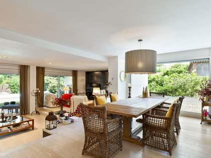 在 Sant Cugat, 巴塞罗那 563m² 出售 豪宅/别墅 包括 花园 449m²