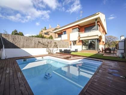 286m² Hus/Villa med 180m² Trädgård till salu i Vilanova i la Geltrú