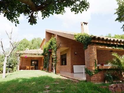 Casa de 550m² con 450m² de jardín, en venta en Puzol