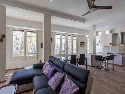 Apartamento renovado en venta en Gran Via Ferràn el Catòlic
