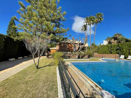 740m² House / Villa for sale in Playa San Juan, Alicante