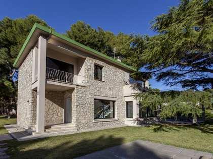 Huis / Villa van 370m² te huur in Godella / Rocafort
