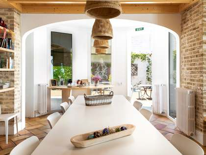 Hotel de 288 m² con 232 m² de jardín en venta en Sant Pol de Mar