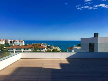 149m² Apartment with 126m² terrace for sale in Sitges Town