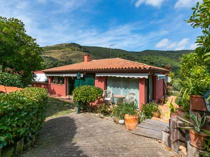 390 m² house for sale in Alella, Maresme