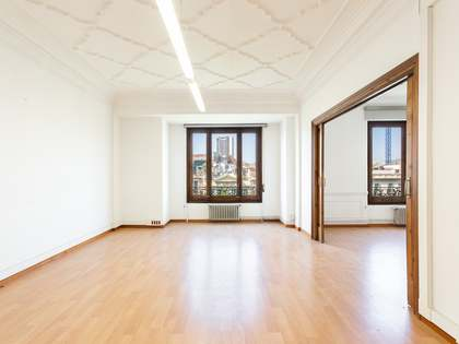 240m² apartment for sale in Eixample Right, Barcelona