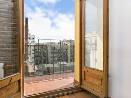 75m² Apartment for sale in Eixample Right, Barcelona