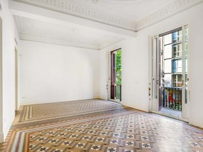 166m² Apartment for sale in Eixample Left, Barcelona